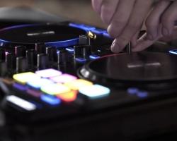 Demo de Carl Rag con el Reloop Beatpad 2