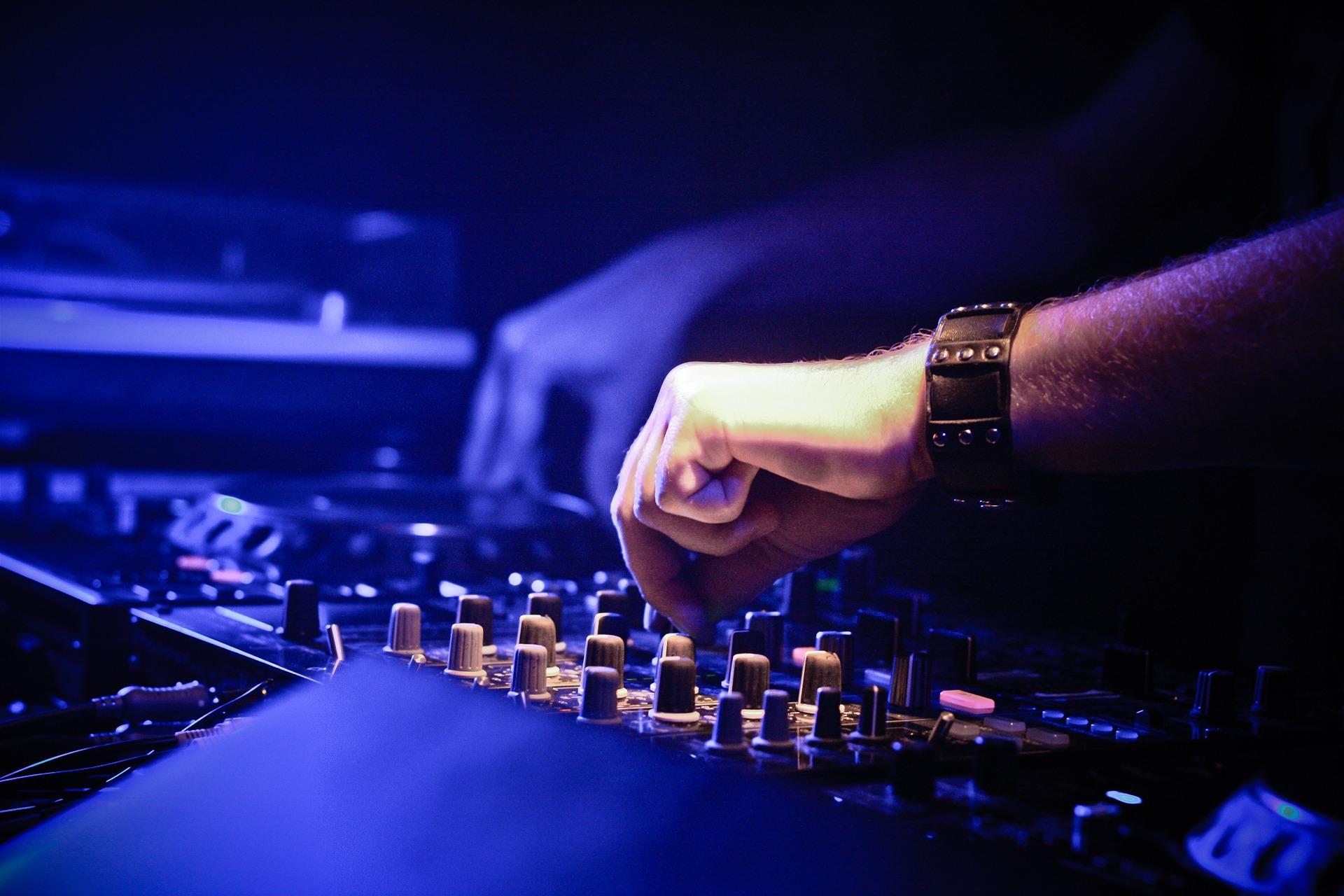 5 síntomas de que tu carrera como DJ podría estar acabada