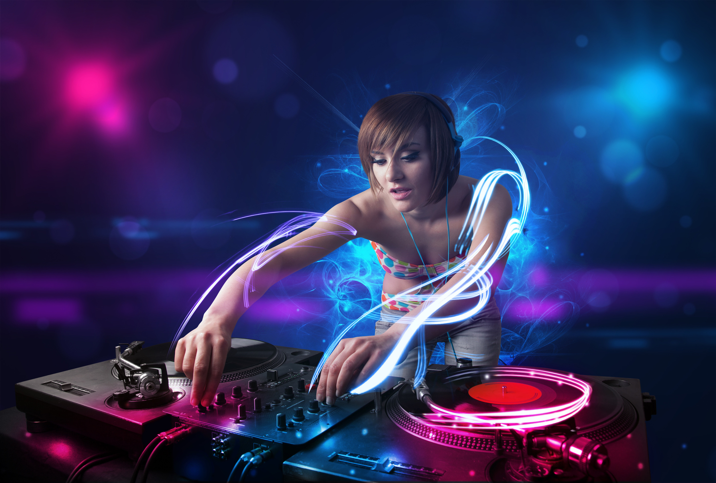 Los 5 momentos más difíciles para mezclar si eres DJ
